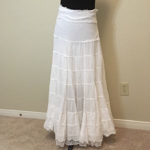 Dresses & Skirts - Tiered maxi skirt. Size small